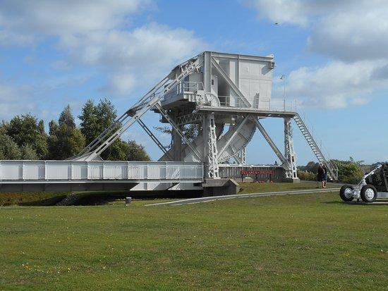 Pegasus Memorial (Memorial Pegasus): The original bridge