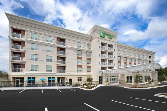 excellent stay review of holiday inn hotel suites. Black Bedroom Furniture Sets. Home Design Ideas