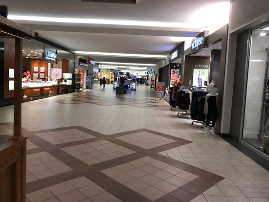 Highland Square Mall
