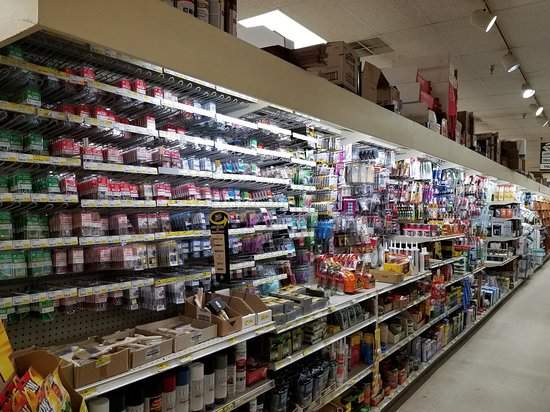 """Speculator, NY: mini-hardware store, very """"five-and-dime"""""""