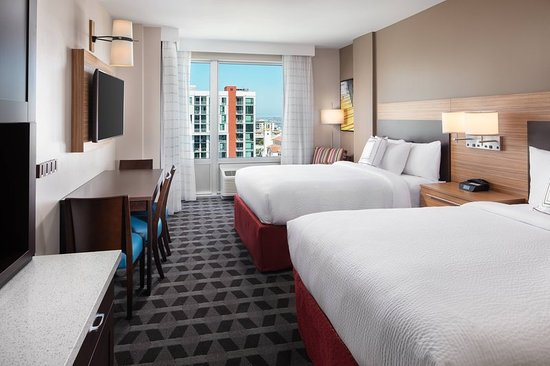 TownePlace Suites by Marriott San Diego Downtown Hotel