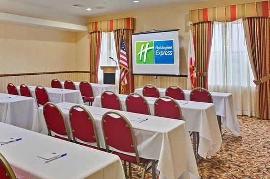 Beaumont, CA: Meeting room