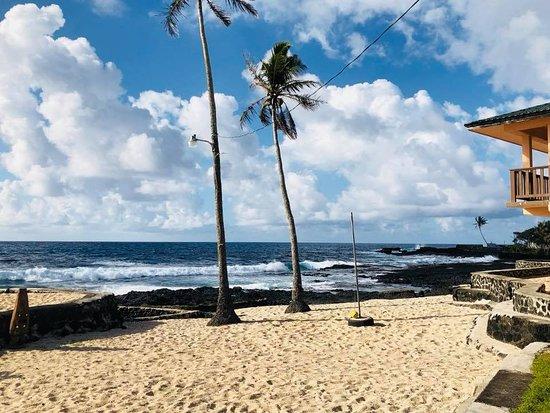 Hotel view from the beach side during nightclub hours. - Picture of Maliu Mai Beach Resort Nighthawk, Tutuila