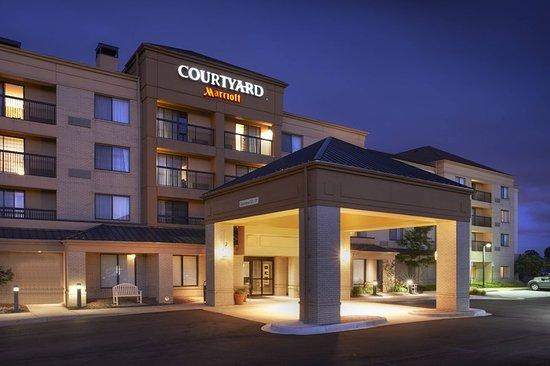 courtyard by marriott detroit novi updated prices. Black Bedroom Furniture Sets. Home Design Ideas