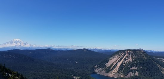 White Pass, WA: Mt Rainer and Spiral Bute from Twin Peaks