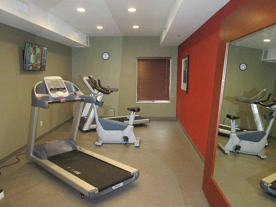Cloverdale, IN: Health club