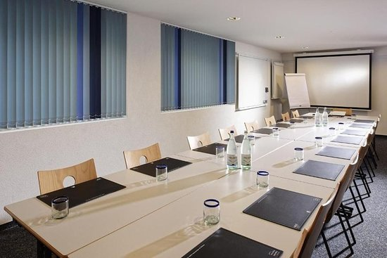 Givisiez, Suisse : Meeting room
