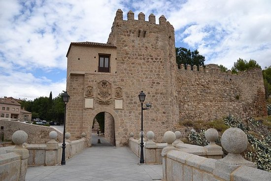 Toledo Guided Half Day and Madrid...