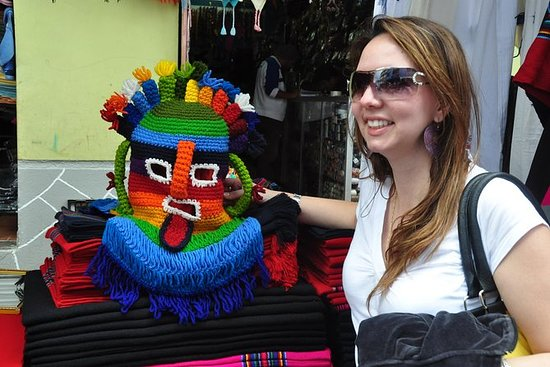 Full-Day Otavalo og Cotacachi Market...