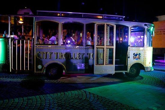 Night Trolley Sightseeing in Cartagena