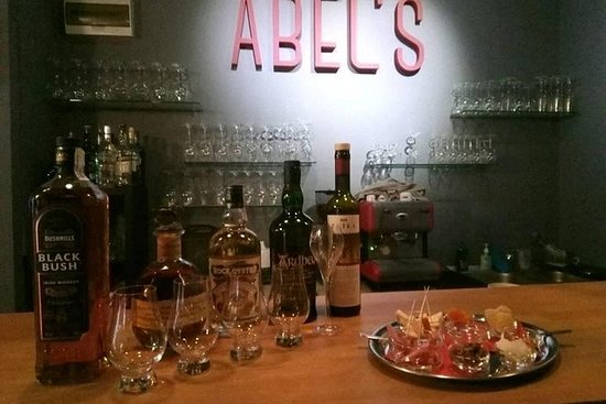 Degustación de whisky en Bucarest