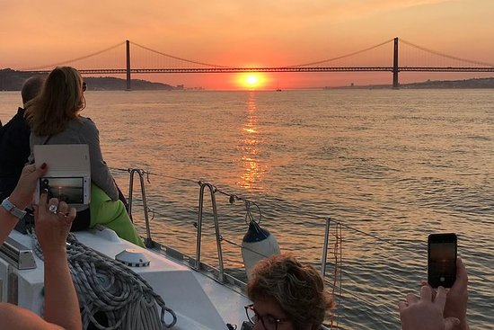Lissabon Sunset Cruise med ...
