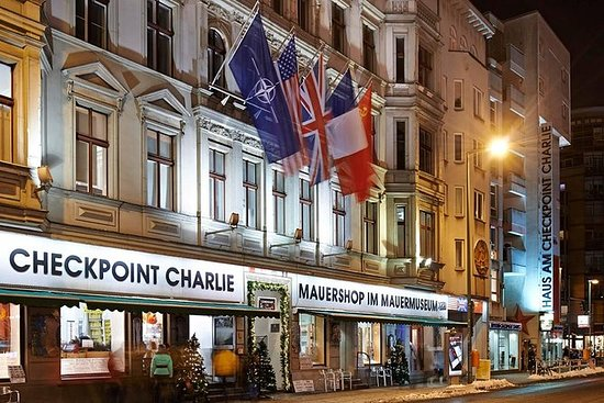 Mauermuseum Checkpoint Charlie...
