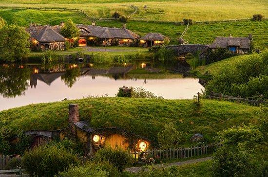 Hobbiton, Waitomo, Rotorua & Taupo...