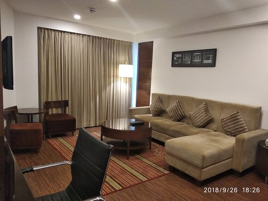Four Points by Sheraton Ahmedabad: IMG_20180926_182640_large.jpg