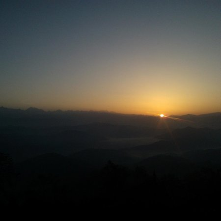 Rai Treks and Expeditions: Sunrise from Nagarkot