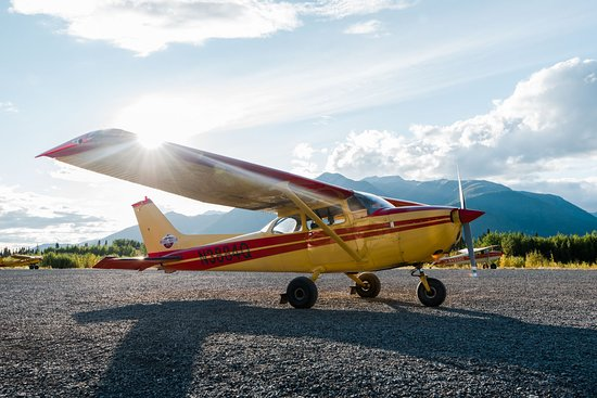 McCarthy, AK: Our 172 holds up to 5 passengers and is often used to pick up guests in Chitina and in flightsee