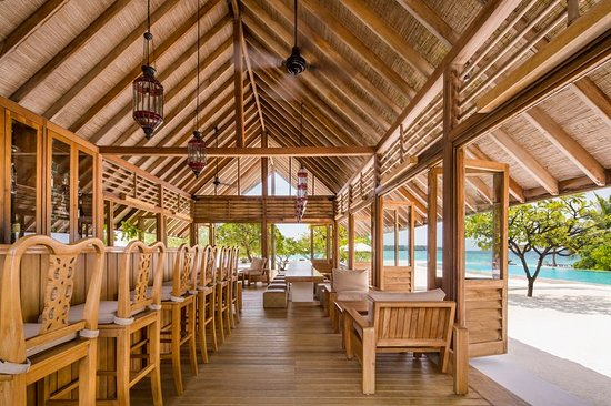 Cocoa Island: Bar/Lounge