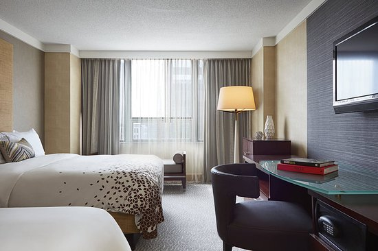 renaissance columbus downtown hotel updated 2018 prices. Black Bedroom Furniture Sets. Home Design Ideas