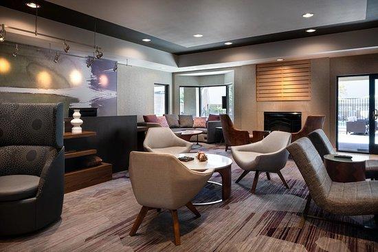 courtyard novato marin sonoma 178 2 0 9 updated. Black Bedroom Furniture Sets. Home Design Ideas