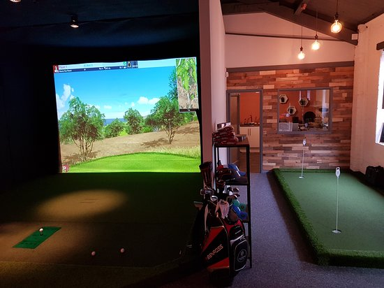 The Aviary Indoor Golf