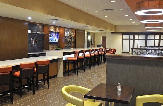 Holiday Inn & Suites Charleston West: Restaurant