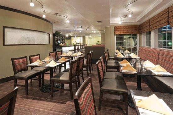 Holiday Inn San Mateo-San Francisco SFO: Restaurant