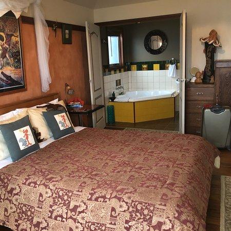 Snug Cove Bed and Breakfast: photo2.jpg