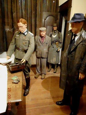 101 Airborne Museum Le Mess - Bastogne: Verzetsstrijder aangehouden.