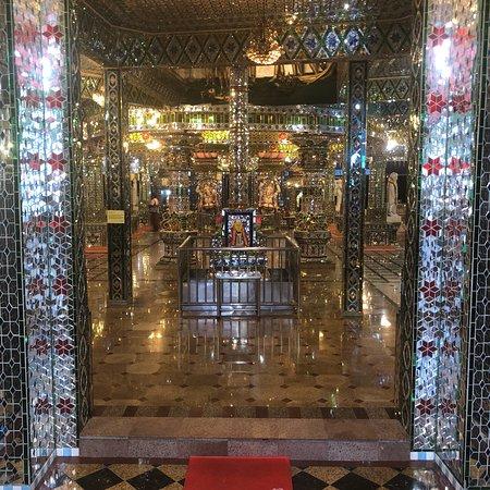 Arulmigu Sri Rajakaliamman Glass Temple: photo0.jpg