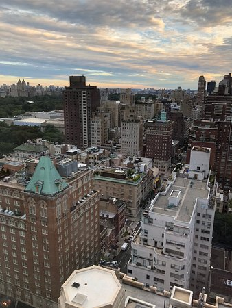 The Carlyle, A Rosewood Hotel: Fantastic View from 27th Floor!