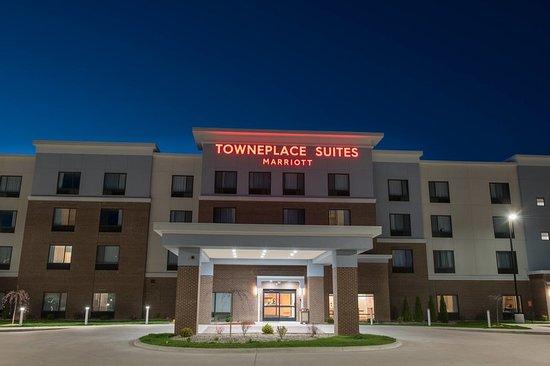 towneplace suites by marriott battle creek 101 1 6 6. Black Bedroom Furniture Sets. Home Design Ideas