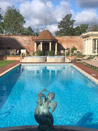 The 10 Best Buckinghamshire Hotels With A Pool 2019