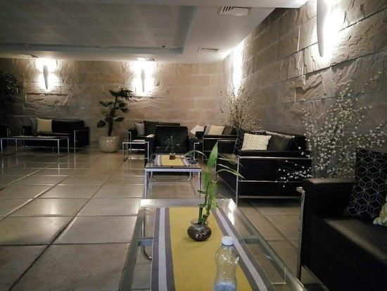 Motel Aviv : IMG_20180925_185938_large.jpg