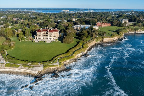 Middletown, RI: The Breakers and The Cliff Walk