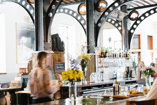 Newport, RI: Stoneacre Restaurant Shot