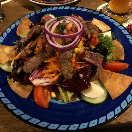 Bad Vilbel, Jerman: Escudo Cantina y Bar