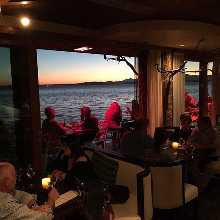Six Seven Restaurant: photo0.jpg