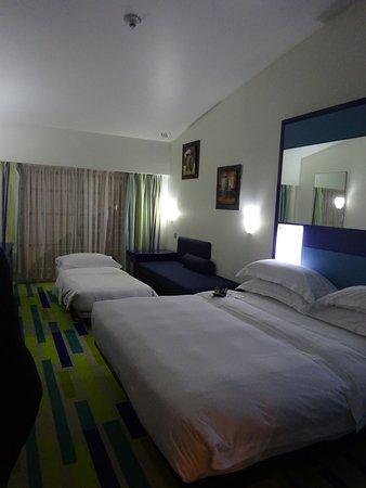Chambre Picture Of Dubai International Hotel Dubai Tripadvisor