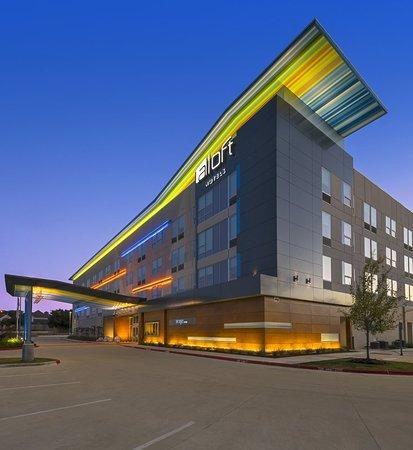 aloft college station 107 1 7 2 prices hotel. Black Bedroom Furniture Sets. Home Design Ideas
