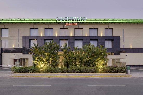 Courtyard by Marriott Kochi Airport