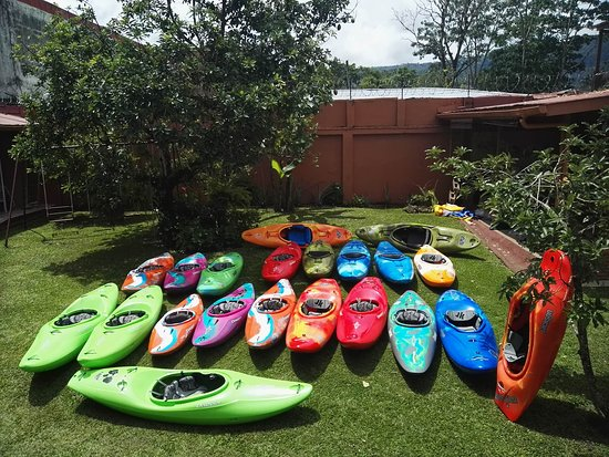Turrialba, Costa Rica : New Kayaks that arrived in 2018