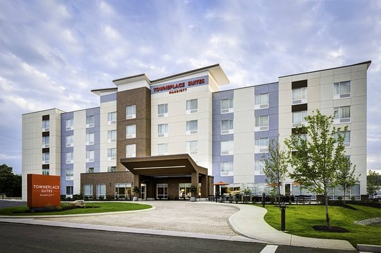 TownePlace Suites Charleston Hotel