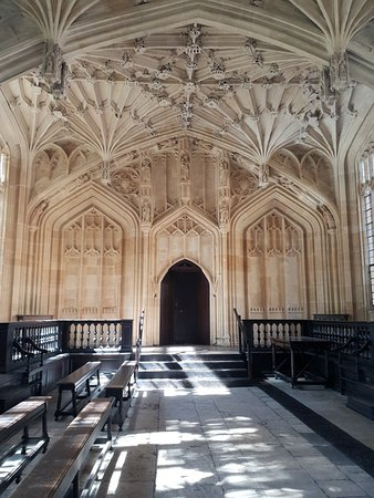Bodleian Library: 20180902_120734_large.jpg