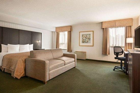 Renfrew, Canada: Guest room
