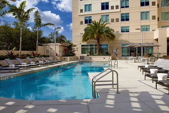 Hyatt Place Miami Airport East Hotel
