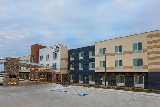 Cuero, TX: Exterior