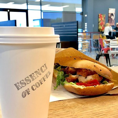 Canning Vale, Australia: Coffee and takeaway chicken panini