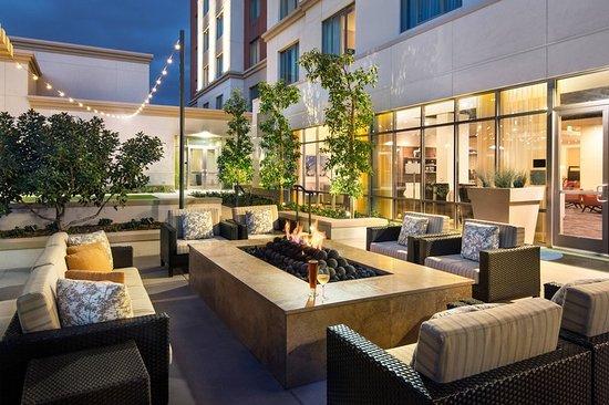 courtyard by marriott irvine spectrum 169 2 0 9. Black Bedroom Furniture Sets. Home Design Ideas