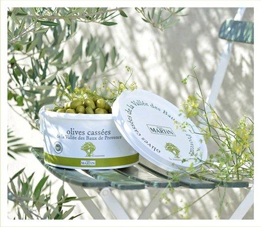 Maussane-les-Alpilles, Francja: Les excellentes olives cassées de la boutique Jean Martin